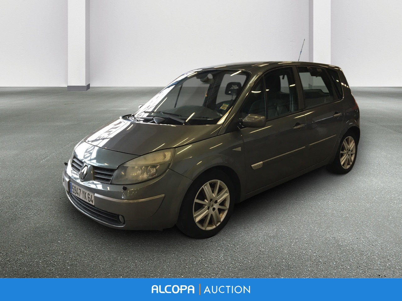 renault scenic ii 06 2003 09 2006 scenic 1 9 dci 120 luxe dynamique alcopa auction. Black Bedroom Furniture Sets. Home Design Ideas