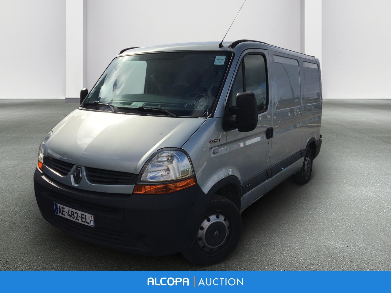 renault master fourgon master fgn l1h1 2 8t 2 5 dci 120 e4 extra beauvais alcopa auction. Black Bedroom Furniture Sets. Home Design Ideas