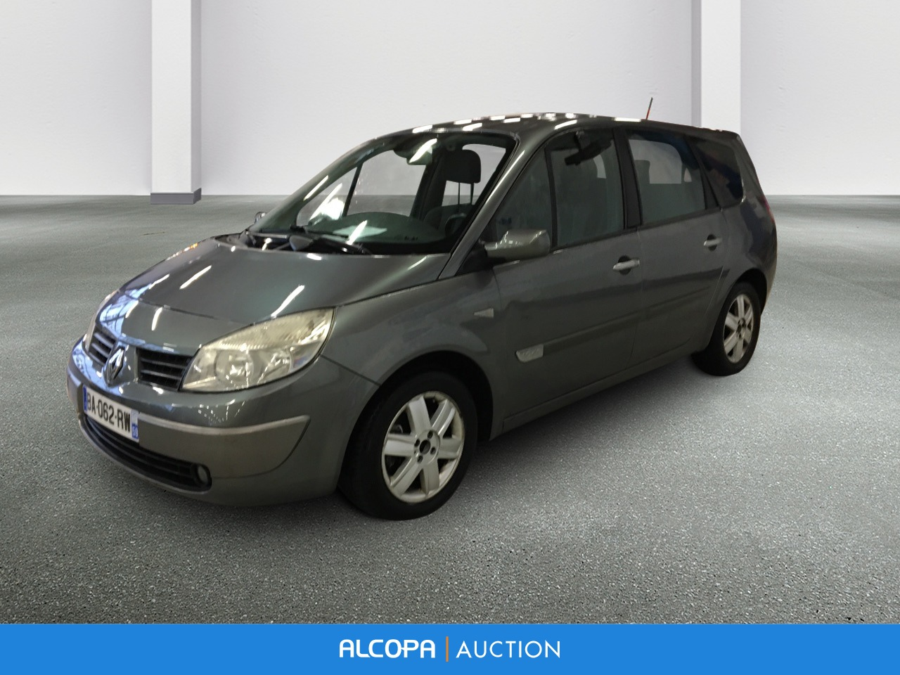 renault grand scenic ii grand scenic 1 9 dci 120 luxe dynamique 7pl alcopa auction. Black Bedroom Furniture Sets. Home Design Ideas