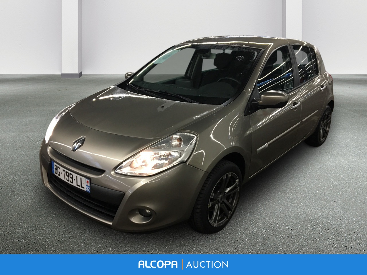 renault clio iii clio iii dci 90 eco2 exception tomtom alcopa auction. Black Bedroom Furniture Sets. Home Design Ideas