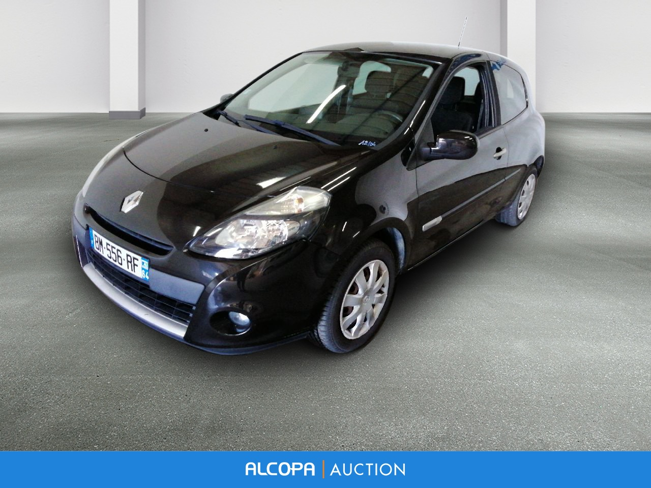 renault clio iii clio iii dci 75 eco2 dynamique tomtom euro 5 tours alcopa auction. Black Bedroom Furniture Sets. Home Design Ideas