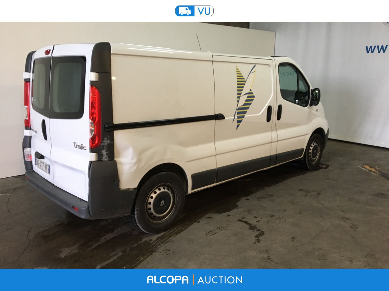 renault trafic trafic fg l2h1 1200kg dci 90 grand confort tours alcopa auction. Black Bedroom Furniture Sets. Home Design Ideas