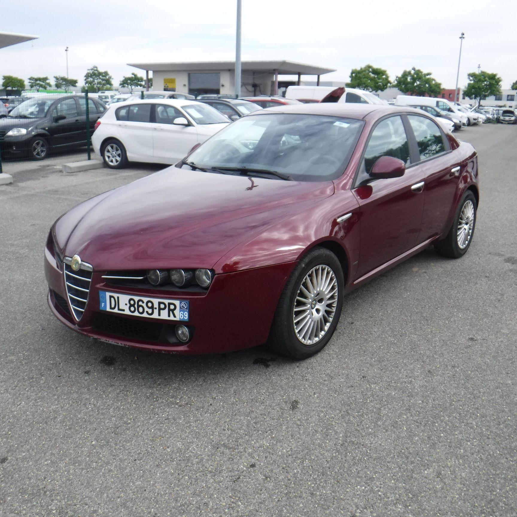 Alfa Romeo Lyon on alpha romeo, marseille romeo, alpine romeo, uggs on sale men's romeo, giulietta and romeo, things that describe romeo, ver videos de romeo,