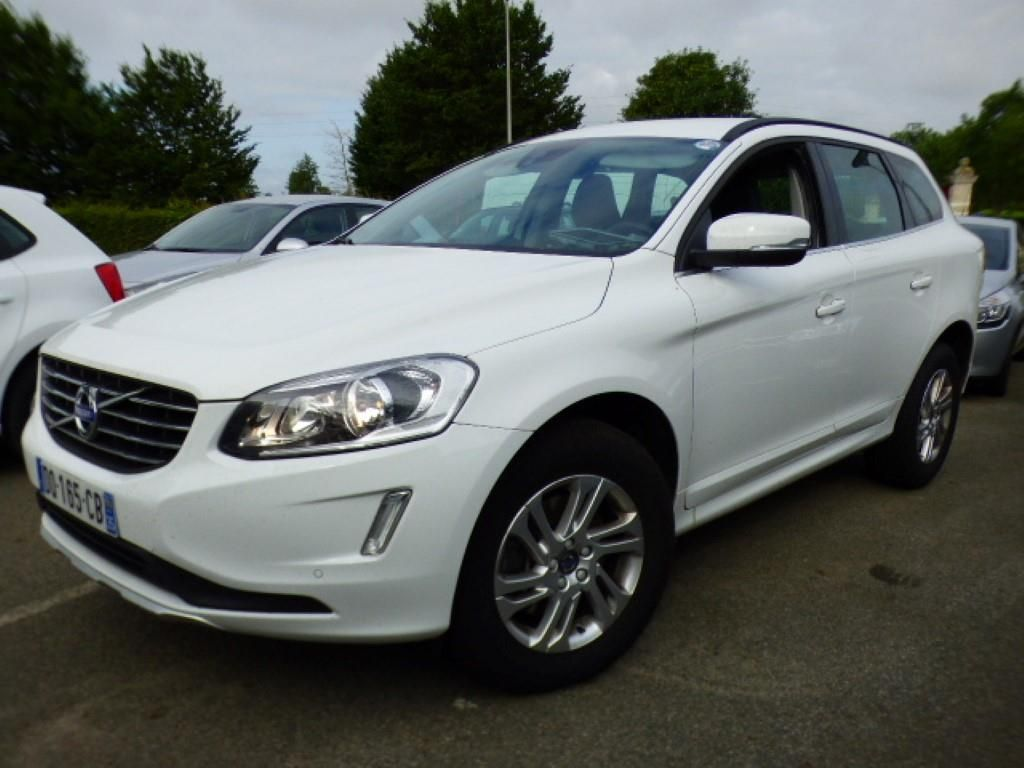 volvo xc60 business xc60 business d4 181 ch s s momentum business geartronic a alcopa auction. Black Bedroom Furniture Sets. Home Design Ideas