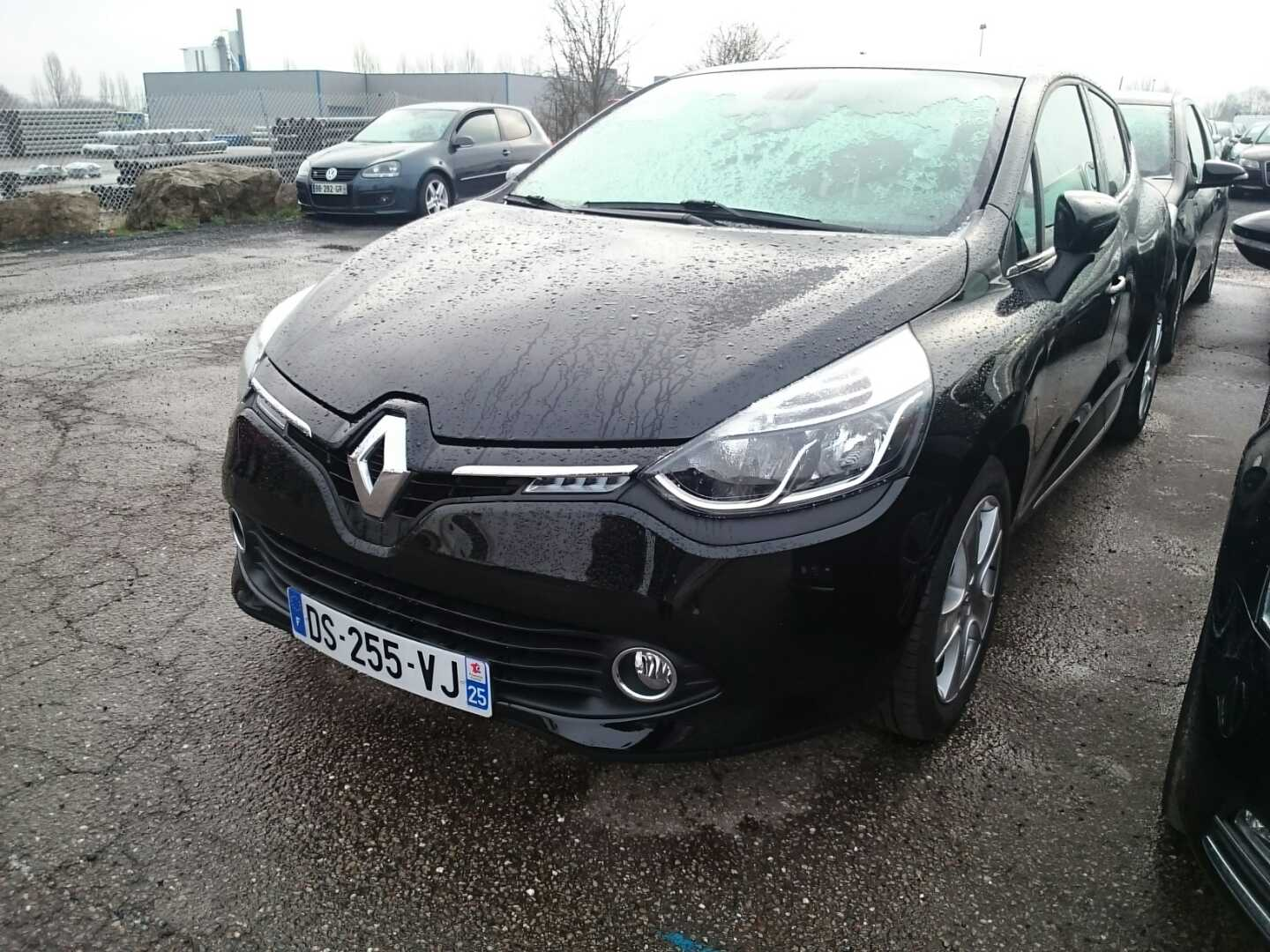 renault clio iv 07 2012 09 2016 clio iv tce 90 eco2 intens alcopa auction. Black Bedroom Furniture Sets. Home Design Ideas