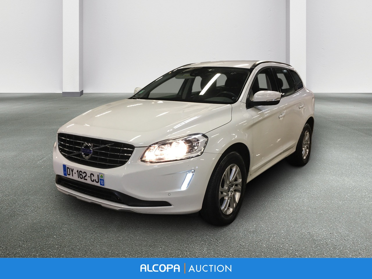 volvo xc60 business xc60 business d4 awd 190 ch s s momentum business alcopa auction. Black Bedroom Furniture Sets. Home Design Ideas