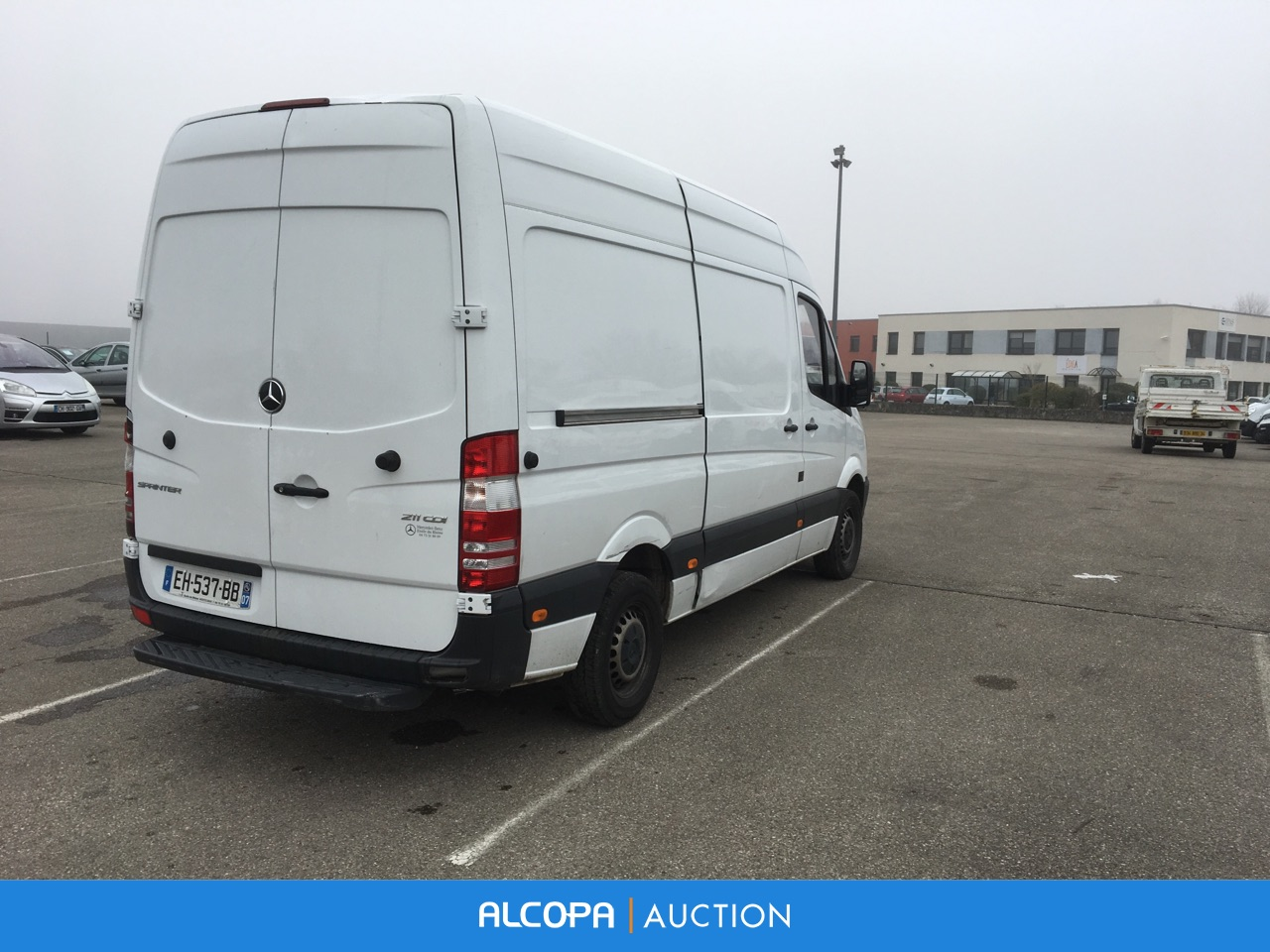 mercedes benz sprinter fourgon sprinter fgn 211 cdi 37s 3 0t lyon alcopa auction. Black Bedroom Furniture Sets. Home Design Ideas