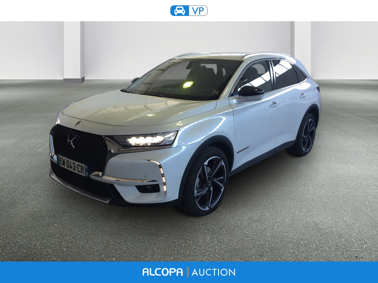ds ds7 crossback ds7 crossback bluehdi 180 eat8 la premi re bva alcopa auction. Black Bedroom Furniture Sets. Home Design Ideas